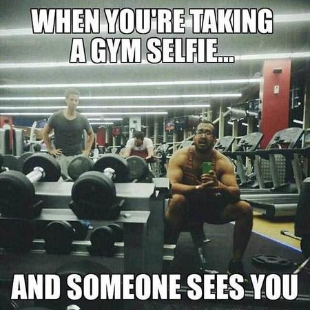 Fitness memes: taking a gym selfie meme