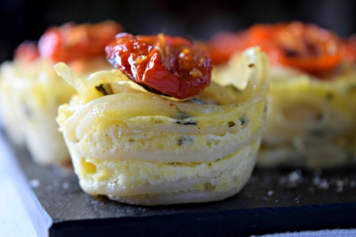 nutritional blogs: pastry with tomatoes