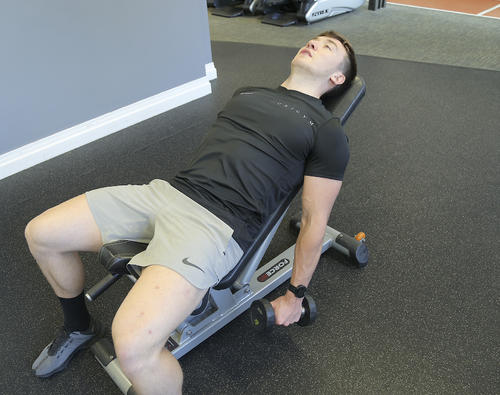 incline lateral raise starting position image