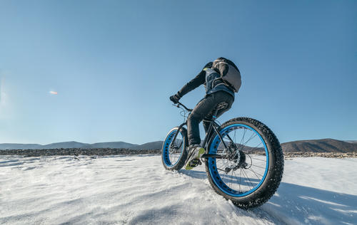 winter bike image